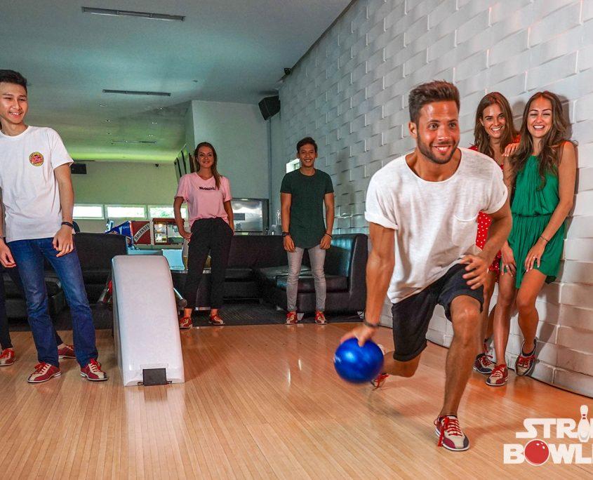 Strike 10 Pin Bowling