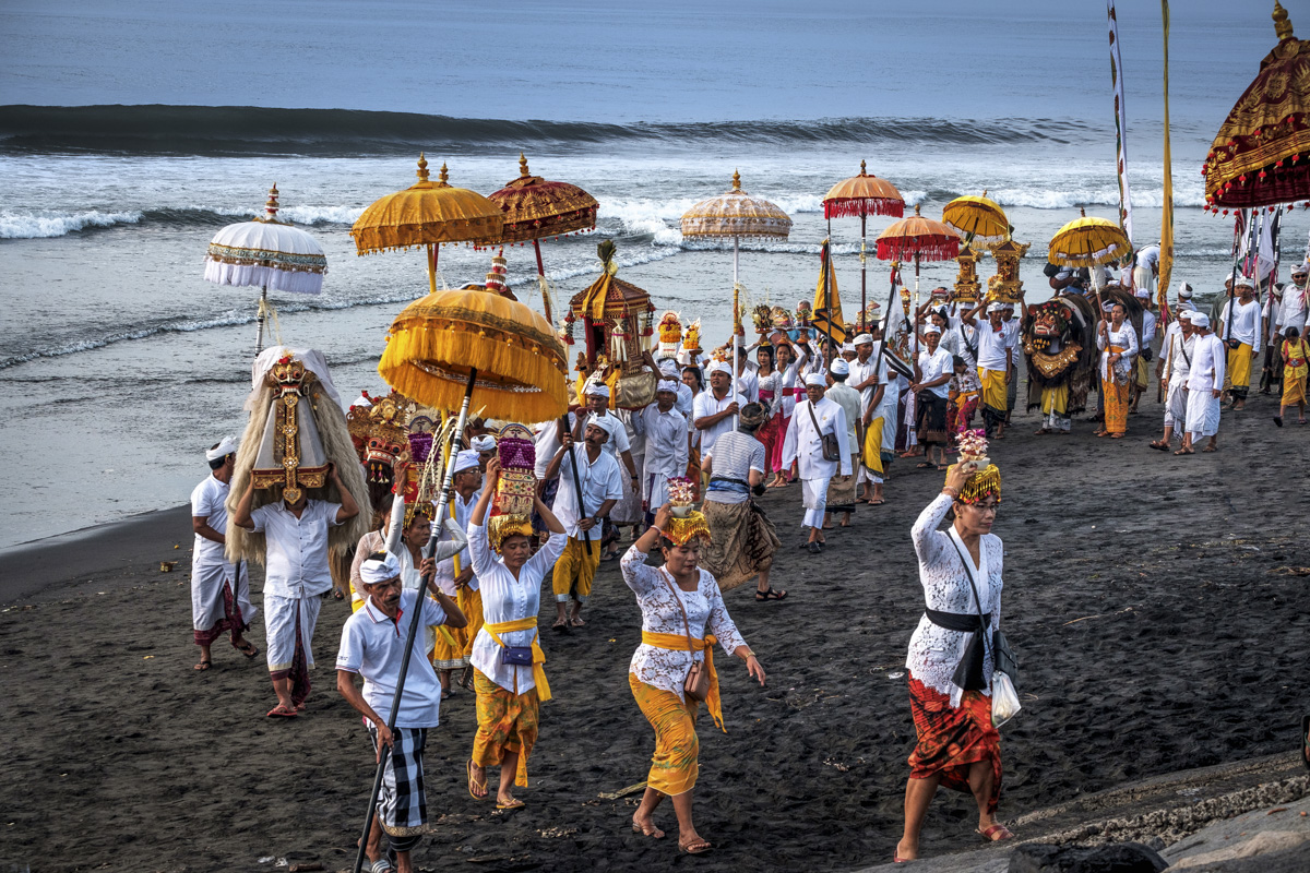 Melasti – Bali Islands Purification